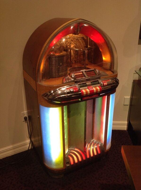 Wurlitzer 1100 Jukebox