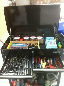 NEW TOOL CART WITH 4 DRAWERS STILL IN THE BOX Windsor Region Ontario image 7