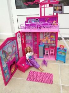 Barbie Folding House And Furniture And Moveable Doll