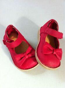 Girls Gymboree shoes size 4