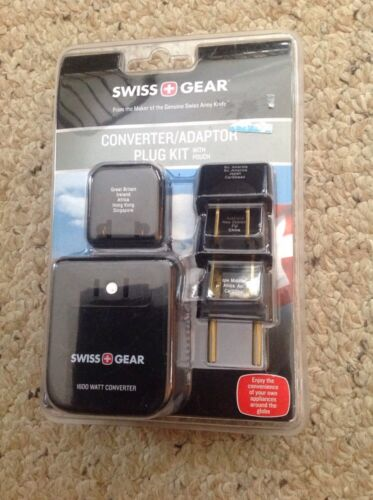 New Swiss Gear Convertor/Adapter Plug Kit With Pouch.