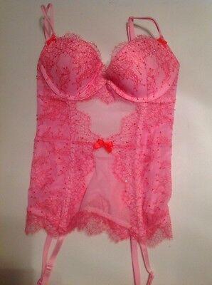 Sexy Rosa Korsett (Victoria's Secret Sehr Sexy Korsett Bustier 3 Tlg Rosa Kreuz Gefärbt Strümpfe)