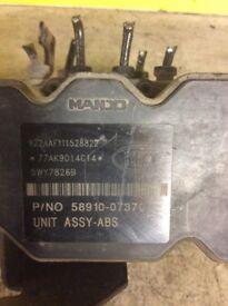 Kia Picanto 2009 1.1 ABS Pump 589010-07370