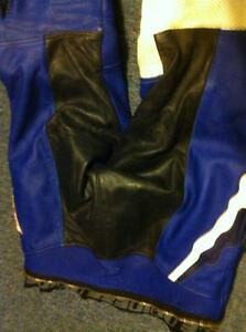 DAINESE 2 PARTS RACING SUIT SIZE 52/42 IN VERY GOOD CONDITION Windsor Region Ontario image 10