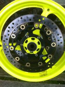 CBR600RR HONDA 03-06 SET OF STOCK WHEELS WITH DISKS/ROTORS Windsor Region Ontario image 6