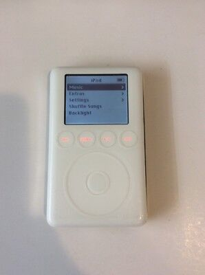 Apple iPod classic 3rd Generation White (20 GB) M9244LL A1040 - Good Condition (Apple 20gb Ipod)