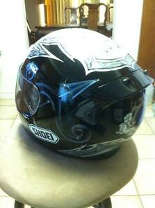 SHOEI TC-1100 HELMET IN VERY GOOD CONDITION SIZE L Windsor Region Ontario image 4
