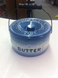 Blue and White Pottery Club Stoneware Cow and Fence Butter Crock With Handle