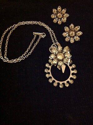 Vintage Silver Tone Rhinestone Flower Pink Necklace Pendant Earrings Set
