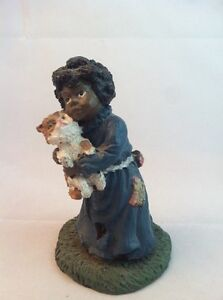 Figurine of African American Girl with Cat -Youngs Inc. Americana Coll. #F907