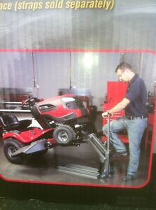NEW ATV TRACTOR LIFT STILL IN THE BOX 300LBS Windsor Region Ontario image 1
