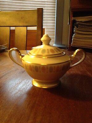 Castleton China LAVALLIENE Sugar Bowl Lith Lid EXCELLENT