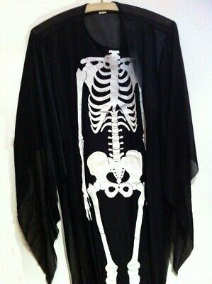 Halloween Kostüm - der letzte Schrei. Mit Maske u. Fingerkuppen  ()