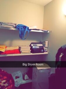 Need two Students for a king size room $275/mo