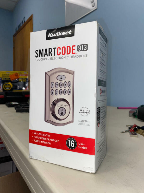 Kwikset 99130-002 SmartCode 913 Non-Connected Keyless Entry Electronic Keypad