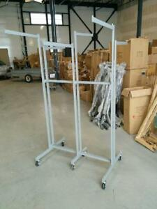 ÉQUIPEMENTS DE MAGASIN PAS CHER / CHEAP RACKS & DISPLAYS