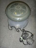 REDUCED TO CLEAR Weatherproof Electric Mosquito Trap $60.00