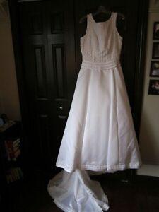 Robe de mariée grandeur 14 ans