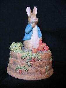 "BORDER FINE ARTS STUDIO ""PETER RABBIT  WITH VEGETABLES""  MUSICAL"