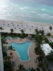 Condo Penthouse OCEANFRONT / BORD DE MER  Hollywood-Hallandale