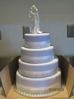 Wedding, Birthday any occasion cakes and cupcakes