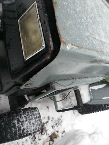 LOOKING FOR any broken lawnmowers,snowblowers ,atv's,sleds,etc Belleville Belleville Area image 1