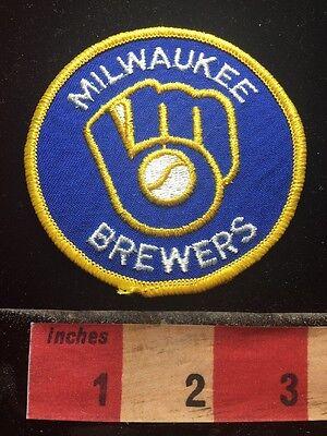 Vtg Baseball Team Patch MILWAUKEE BREWERS ~ Wisconsin 73B1