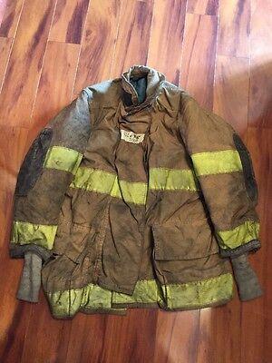 Firefighter Globe Turnout Bunker Coat 42x35 Halloween Costume
