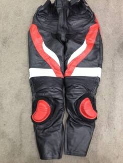 Leather motorcycle pants - mens - size 34