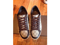 Gucci-Beige-Supreme-Lace-Up-Sneakers Brand New. Size 6