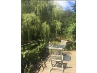 delightful one bedroom apartment on river Teign