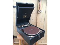 HMV 101 GRAMAPHONE IN VERY NICE CONDITION WORKING 155 OR BEST OFFER