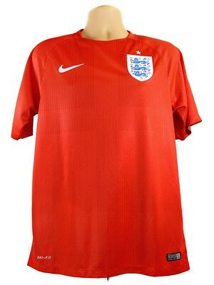 England Football Shirt 2014 Red Size Medium Nike