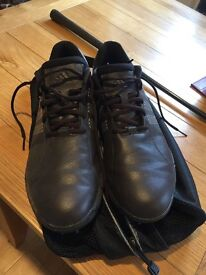 Men's Addidas Golf Shoes Size 11 UK Nike Carry Bag