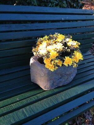 Pflanzkübel wie alter Trog, Steintrog wetterfest rustikal Pflanzkasten Blumen