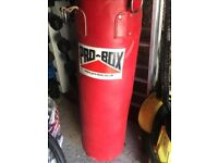Punch Bag, hanging bracket, chains, mits & gloves excellent condition hardly used