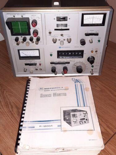 MOTOROLA R1200A COMMUNICATIONS TEST RF SERVICE MONITOR AM/FM 100KHZ-999MHZ
