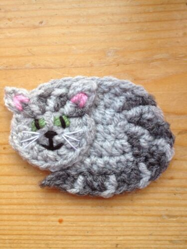 picture of Hand Crochet Pet Cat Applique Motif Embellish. similar to mog