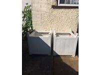 2x Large Planter Outdoor Garden - Plastic - Wooden look - decorative