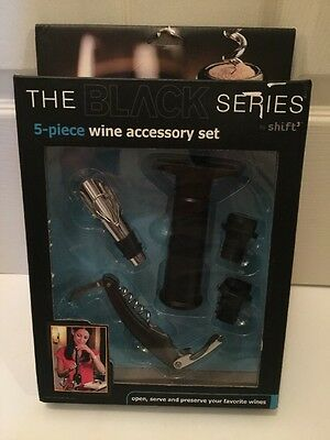 The Black Series 5 Piece Wine Accessory Set Bottle Opener Keeper Corkscrew New