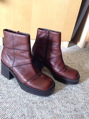 Fabulous Vintage - Mod Feel Brown Leather Ankle Zip Boots By 9& Company