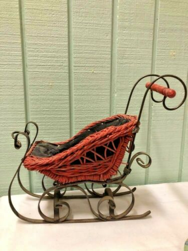Sleigh Vintage Wicker And Metal Lined Victorian Style Doll Display Centerpiece