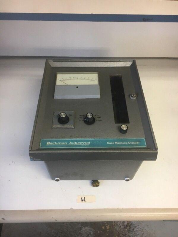 Beckman Industrial 340 Trace Moisture Analyzer 193000 120V 1A