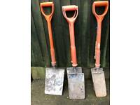 Insulated shovels