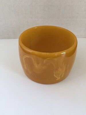 LARGE  DECO Butterscotch COLOR BAKELITE BANGLE BRACELET - Rare Bill Adkins