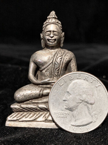Unusual finely hand-chased solid silver Thai Buddha w/inscription