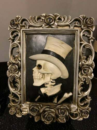 Halloween Skeleton Tabletop Halloween 3D Picture Black White Gold Frame Top Hat