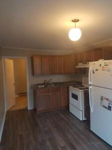 27b Alexander Street - 1 BR Apartment in Historic Downtown