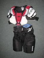 Épaulière et pantalon de hockey junior