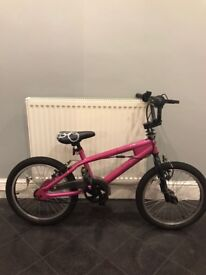 """18"""" Hot Pink Girls Bike for sale. Immaculate condition. Perfect Christmas gift. BARGIN!!!"""